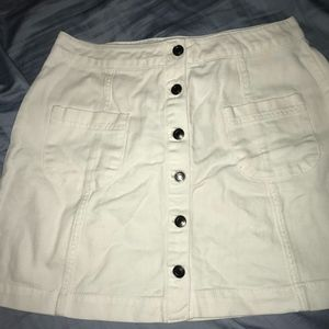 Forever 21 White Denim Skirt Size M